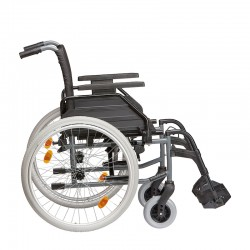Standard rullstol från Tomtar